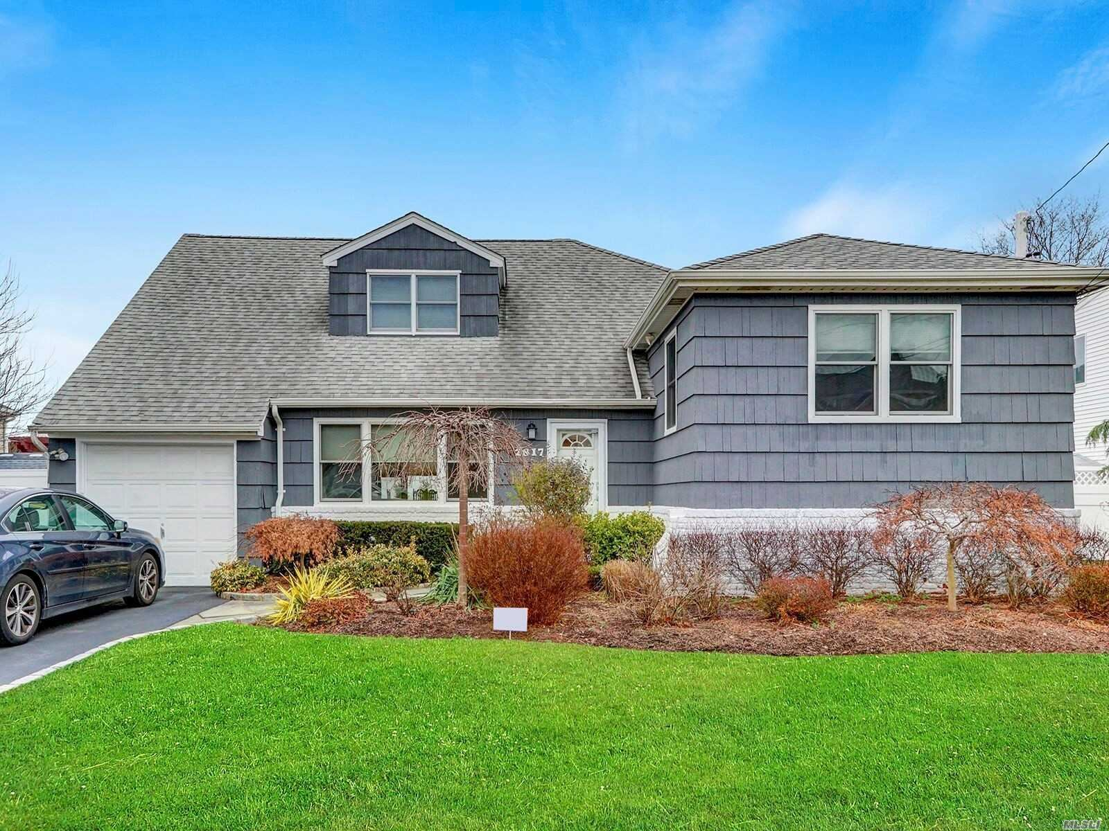 2817 Lindenmere Drive, Merrick, NY 11566 - MLS#: 3190323