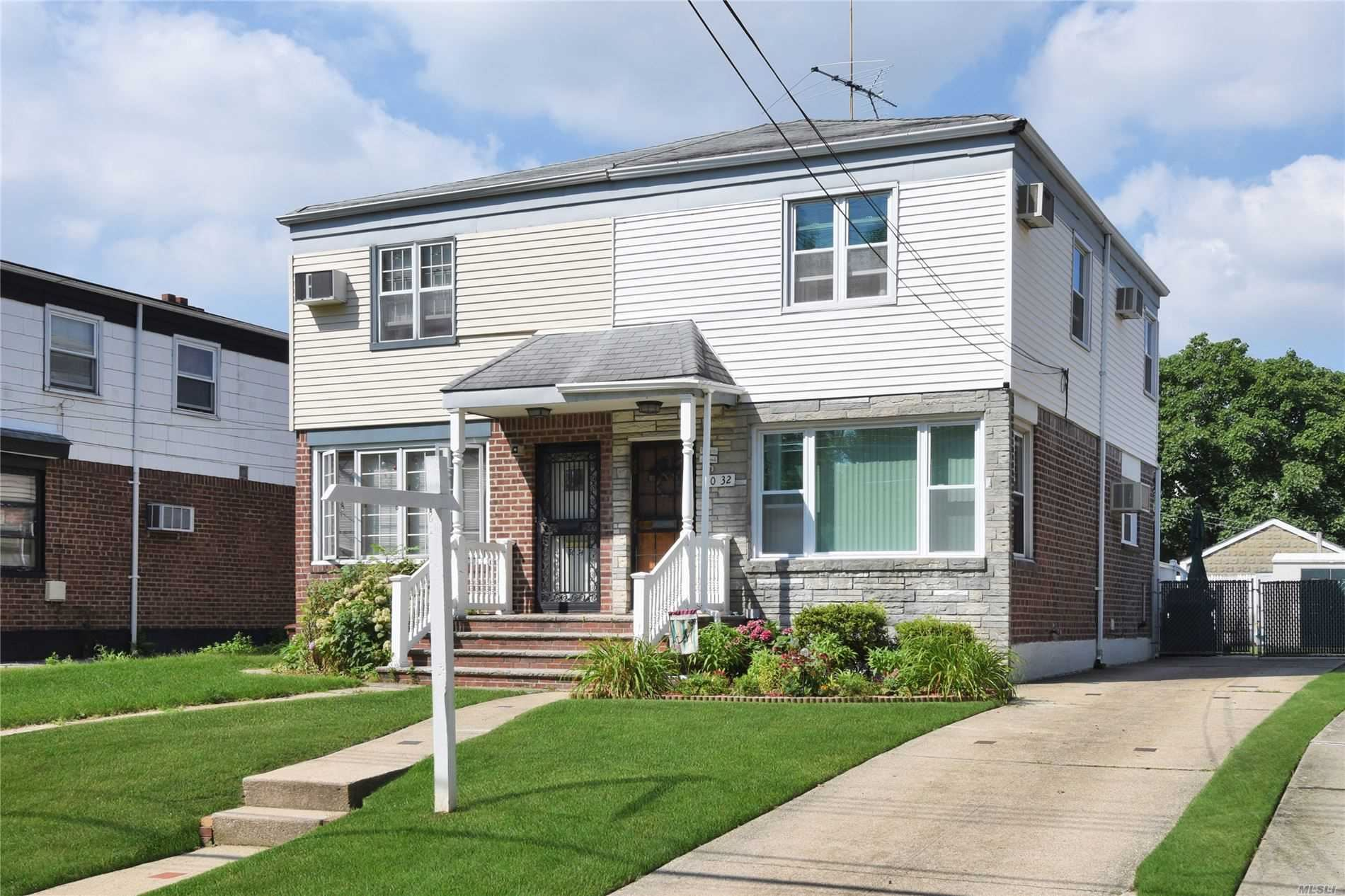50-32 Clearview Expressway, Bayside, NY 11364 - MLS#: 3234323