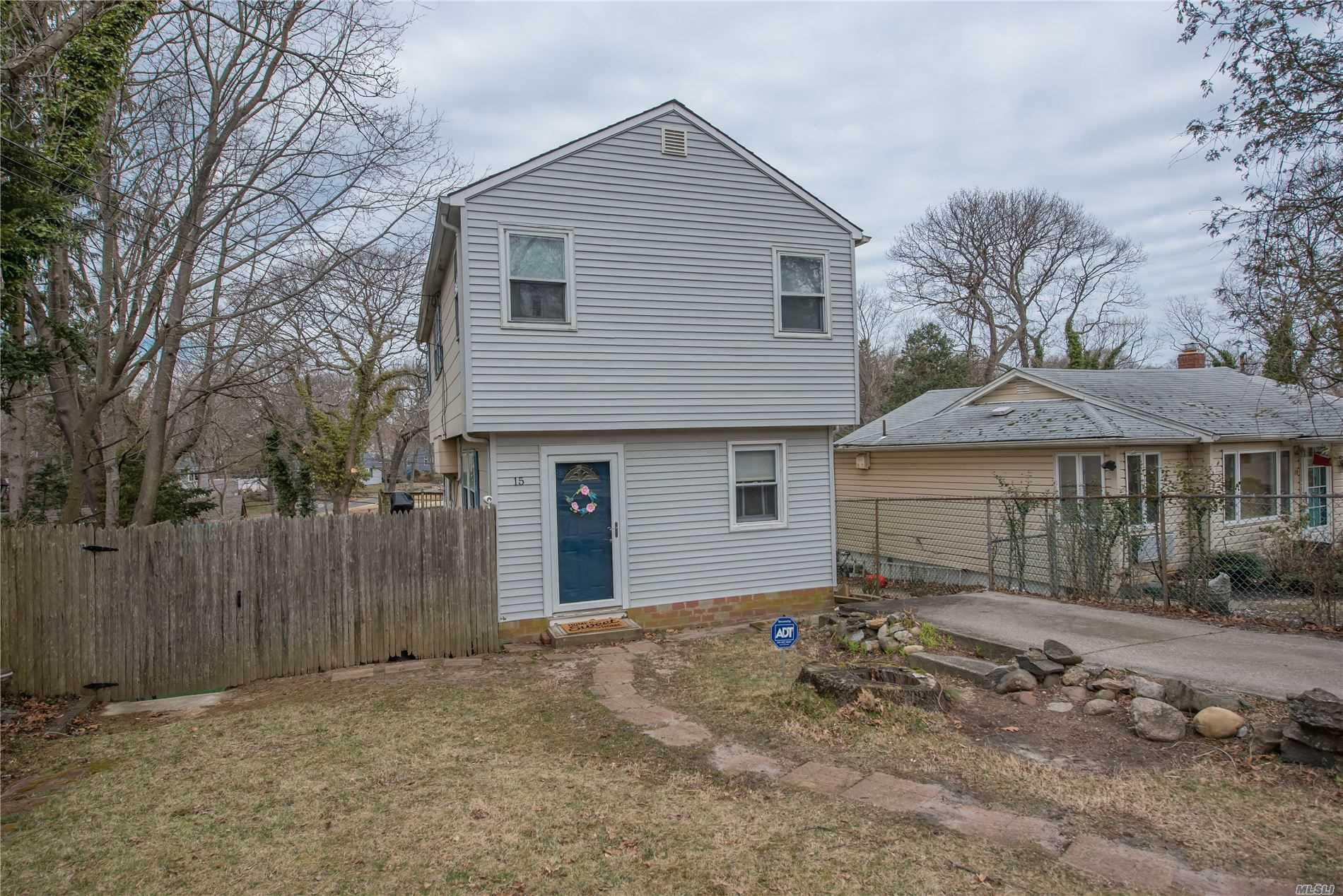 15 Amityville Road, Sound Beach, NY 11789 - MLS#: 3207324