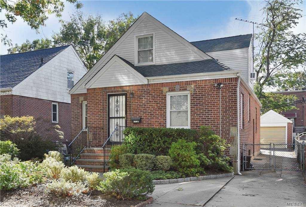 61-30 186 Street, Fresh Meadows, NY 11365 - MLS#: 3260324