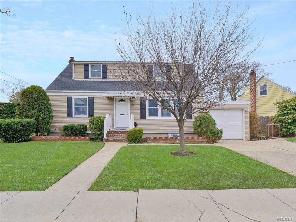 200 Cartwright Boulevard, Massapequa Park, NY 11762 - MLS#: 3274324