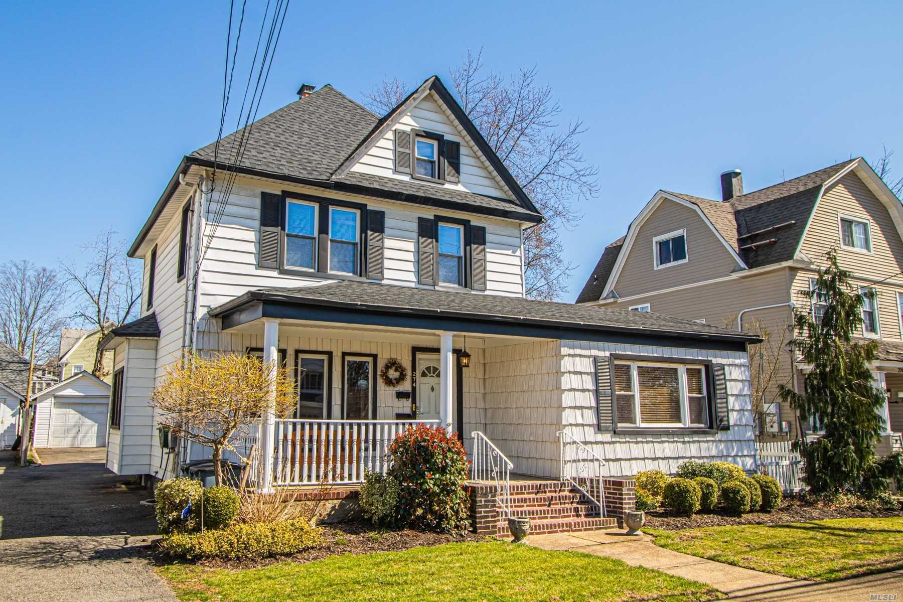 274 Vincent Avenue, Lynbrook, NY 11563 - MLS#: 3209326