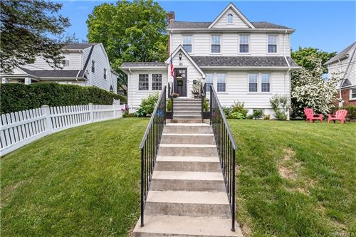 Photo of 180 Old Mamaroneck Road, White Plains, NY 10605 (MLS # H6042327)