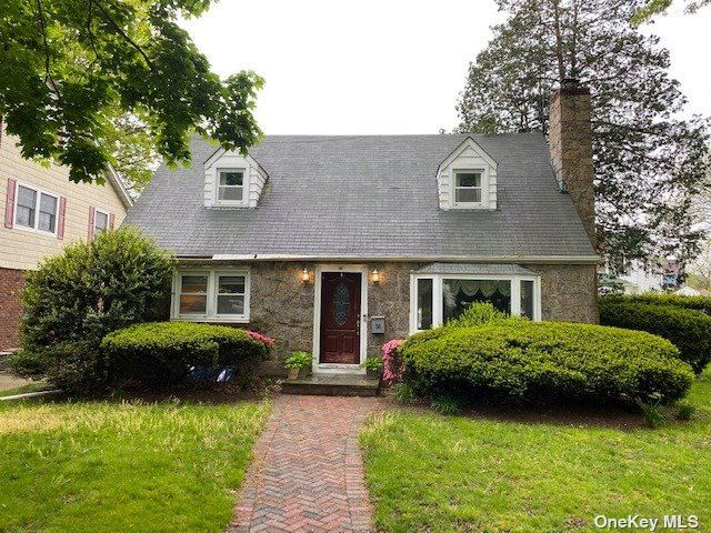 36 Revere Drive W, Floral Park, NY 11001 - MLS#: 3312329