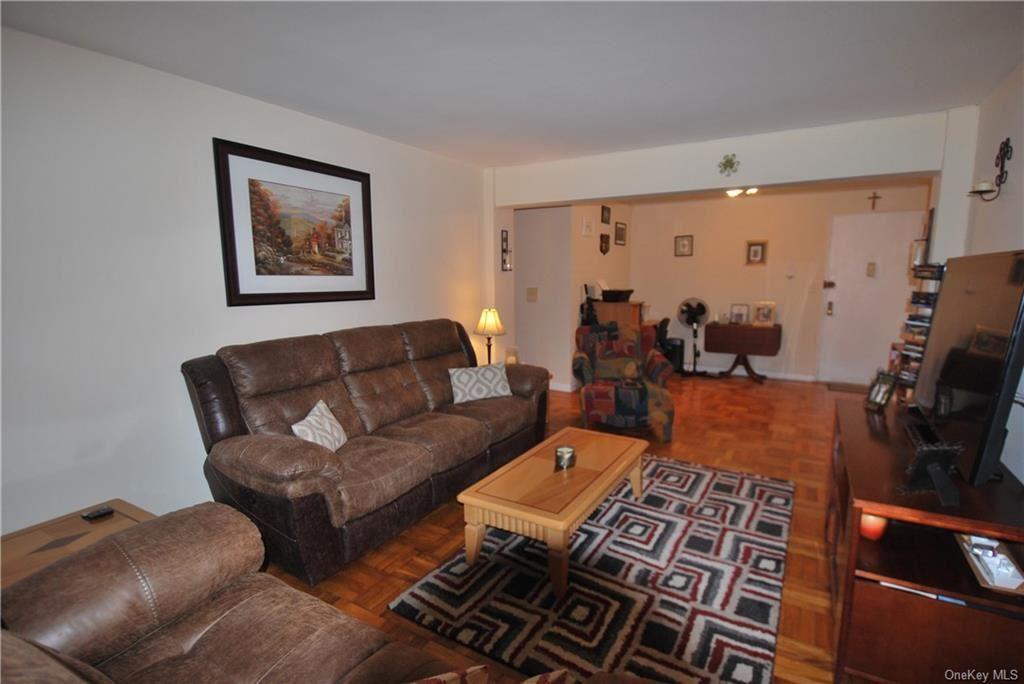 4 Sadore Lane #2T, Yonkers, NY 10710 - MLS#: H6011330
