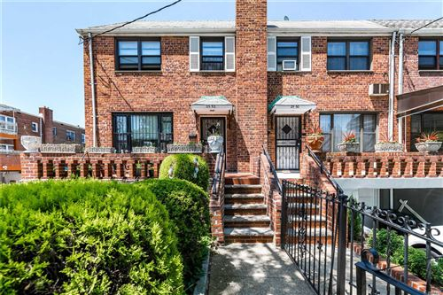 Photo of 25-52 88th St, E. Elmhurst, NY 11369 (MLS # 3219331)