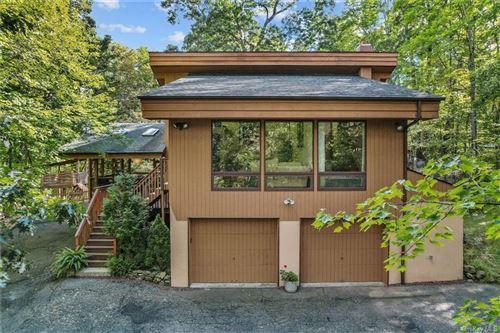 Tiny photo for 104 Mount Airy Road E, Croton-on-Hudson, NY 10520 (MLS # H6132331)