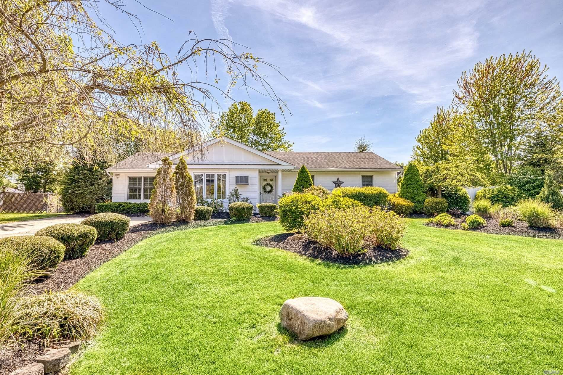 14 Bristol Downs St, Coram, NY 11727 - MLS#: 3216332