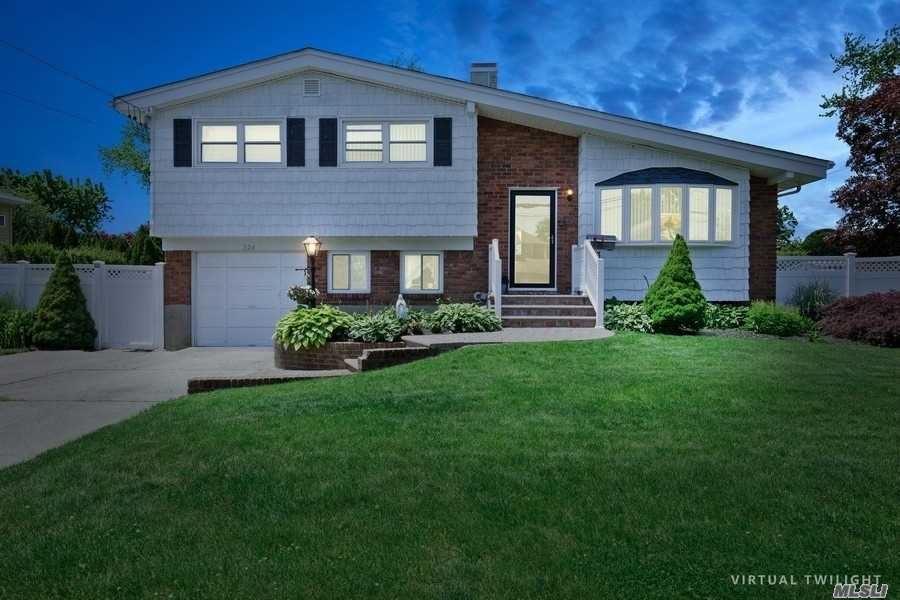 324 W 22 Street, Deer Park, NY 11729 - MLS#: 3222332