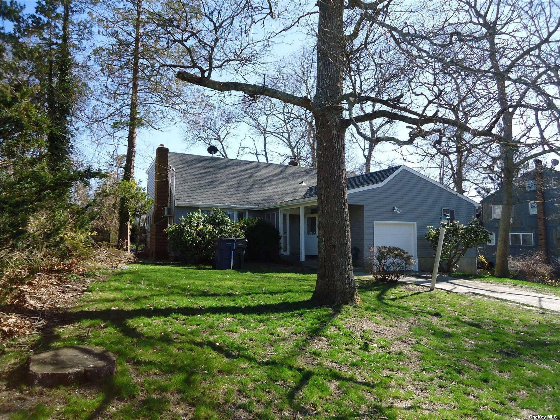 4 Ridgewood Lane, Hampton Bays, NY 11946 - MLS#: 3301332