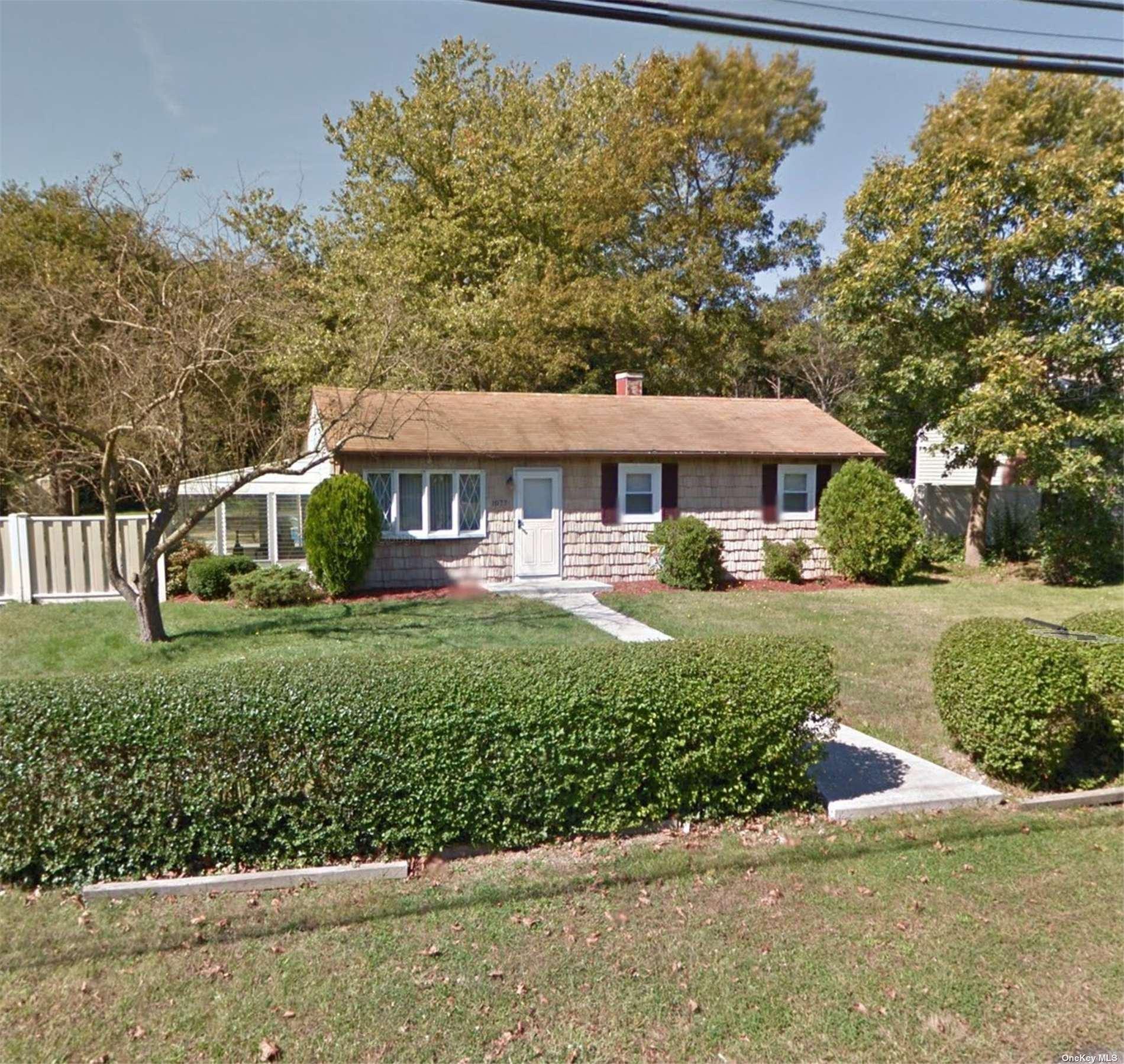 1077 Nugent Avenue, Bay Shore, NY 11706 - #: 3349332