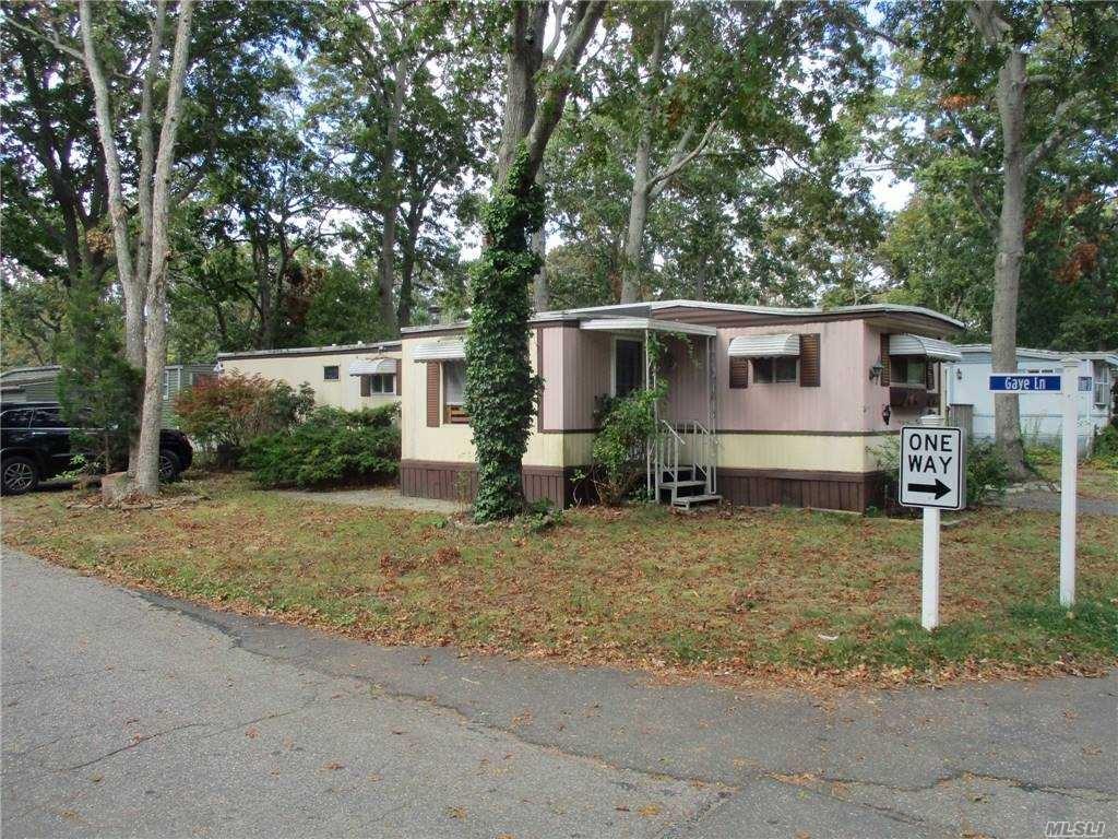 10 Sunflower Drive, Bohemia, NY 11716 - MLS#: 3258333