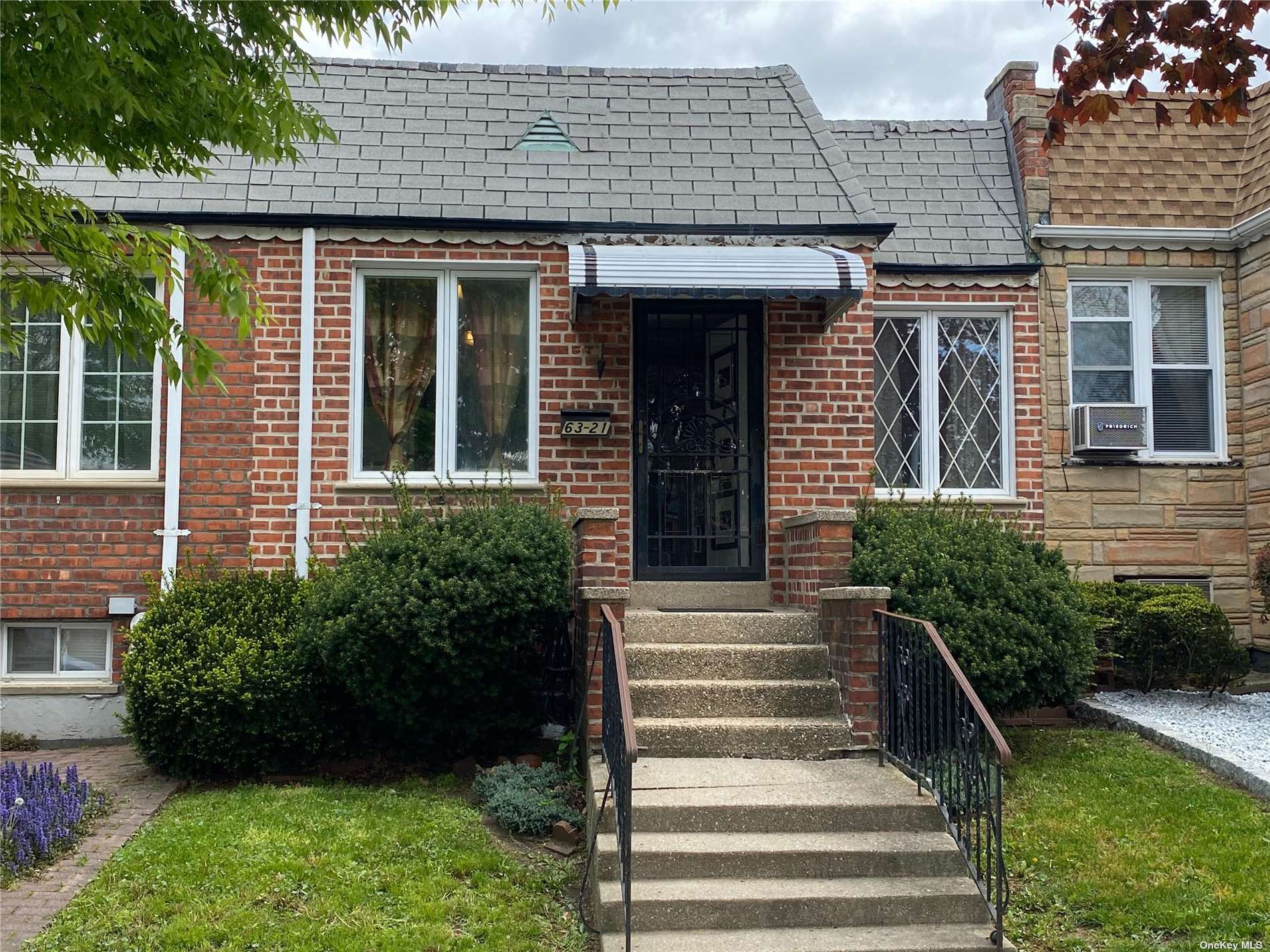 63-21 74th Street, Middle Village, NY 11379 - MLS#: 3309333