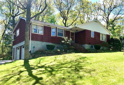 Photo of 12 Gary Place, Huntington, NY 11743 (MLS # 3310336)