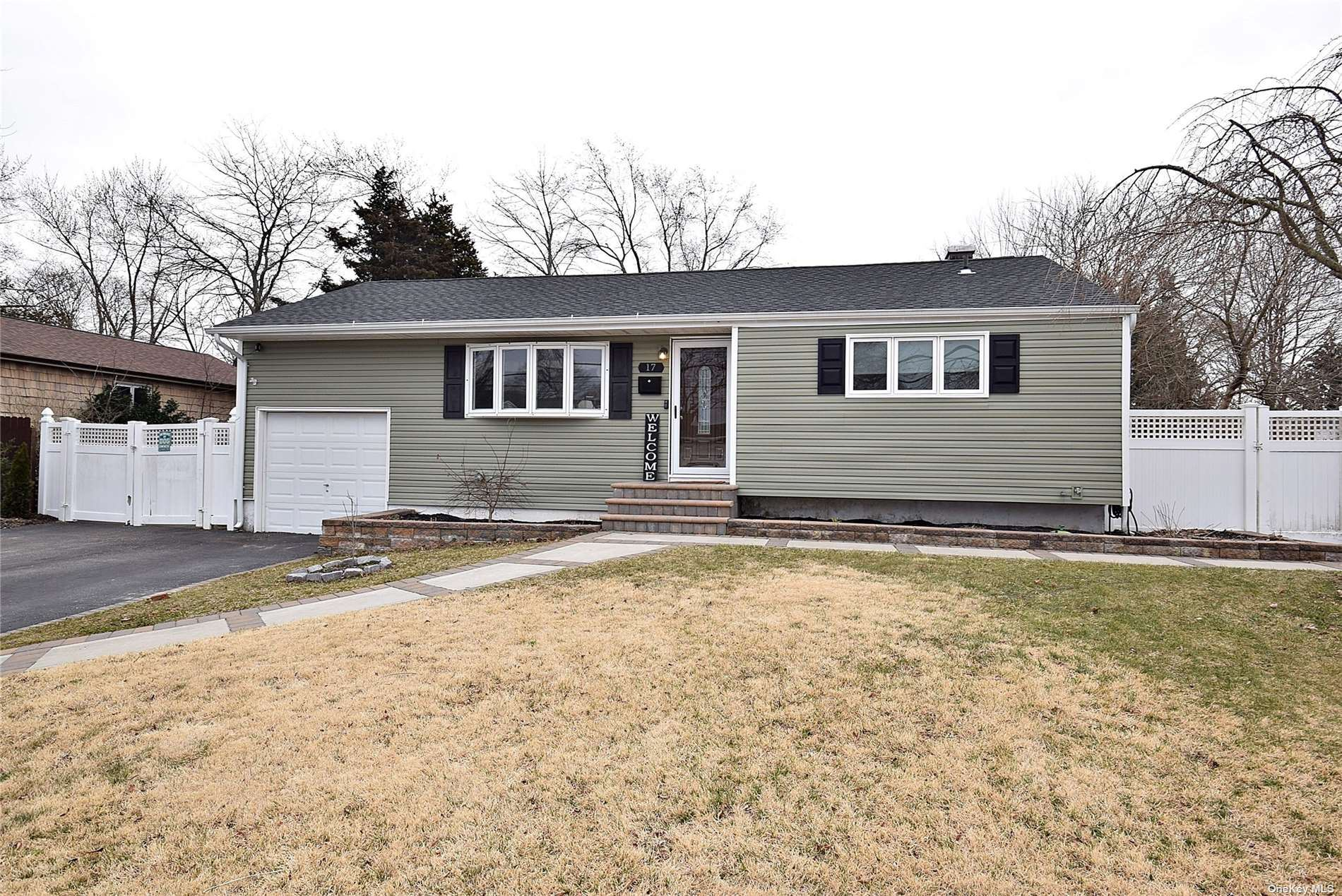 17 Valley Road, East Patchogue, NY 11772 - MLS#: 3296336