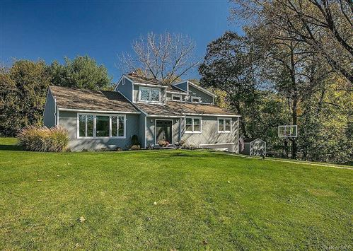 Photo of 1147 Old White Plains Road, Mamaroneck, NY 10543 (MLS # H6092337)
