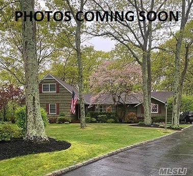 Photo of 25 Woodhollow Rd, Great River, NY 11739 (MLS # 3272340)