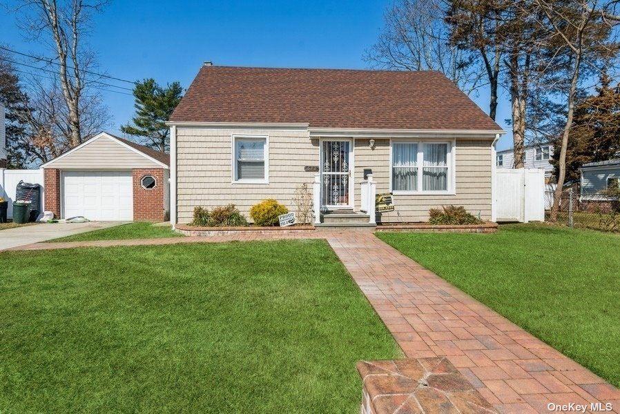 672 Cottage Street, Uniondale, NY 11553 - MLS#: 3296341