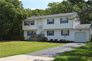 Photo of 5 Eastbourne Cres, E. Patchogue, NY 11772 (MLS # 3155342)