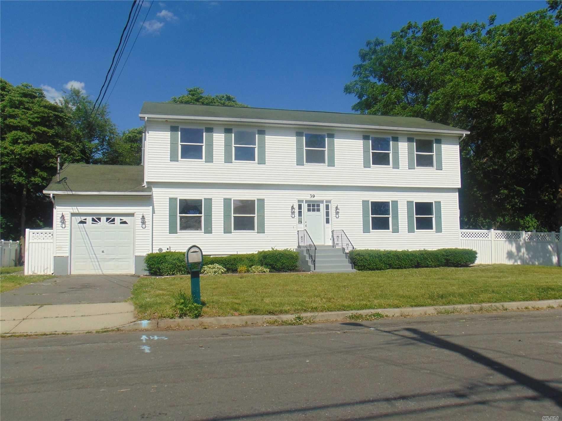 39 S 23 Street, Wyandanch, NY 11798 - MLS#: 3222342