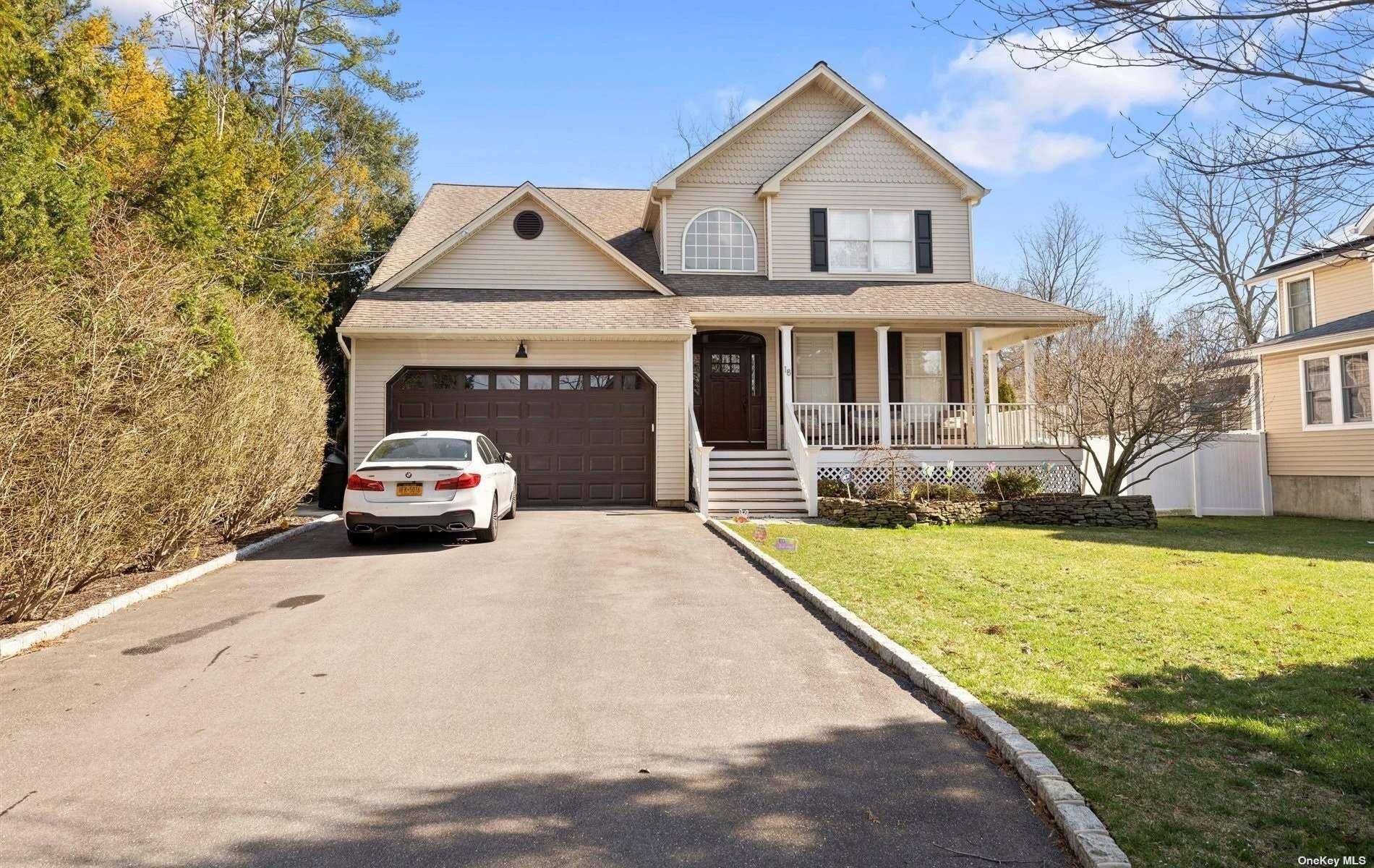 18 Lake Place, Huntington, NY 11743 - MLS#: 3299342
