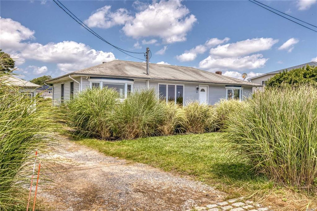 17 Laura Lee Dr, Center Moriches, NY 11934 - MLS#: 3147344