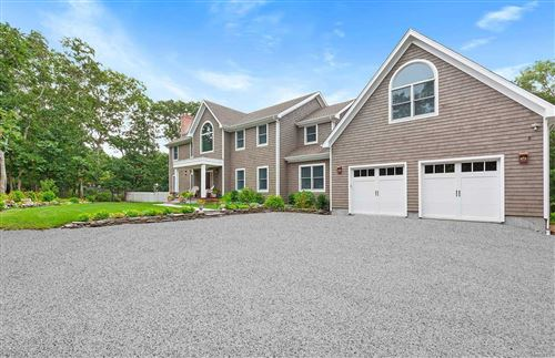 Photo of 12 Deer Trail Road, Southampton, NY 11968 (MLS # 3246345)