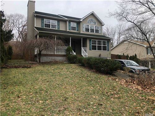 Photo of 62 Sunburst, Rocky Point, NY 11778 (MLS # 3281345)