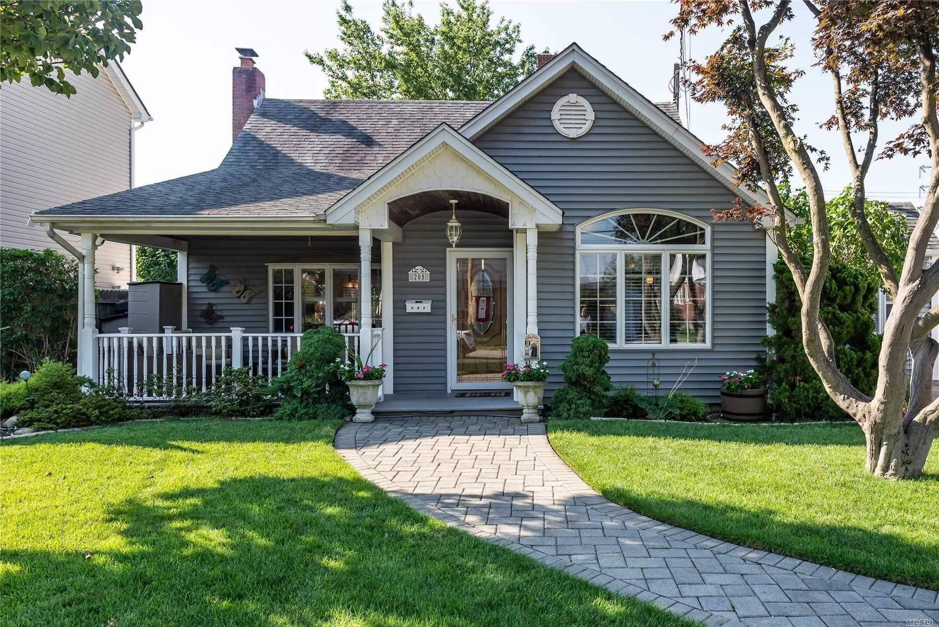 205 Dow Avenue, Carle Place, NY 11514 - MLS#: 3239345