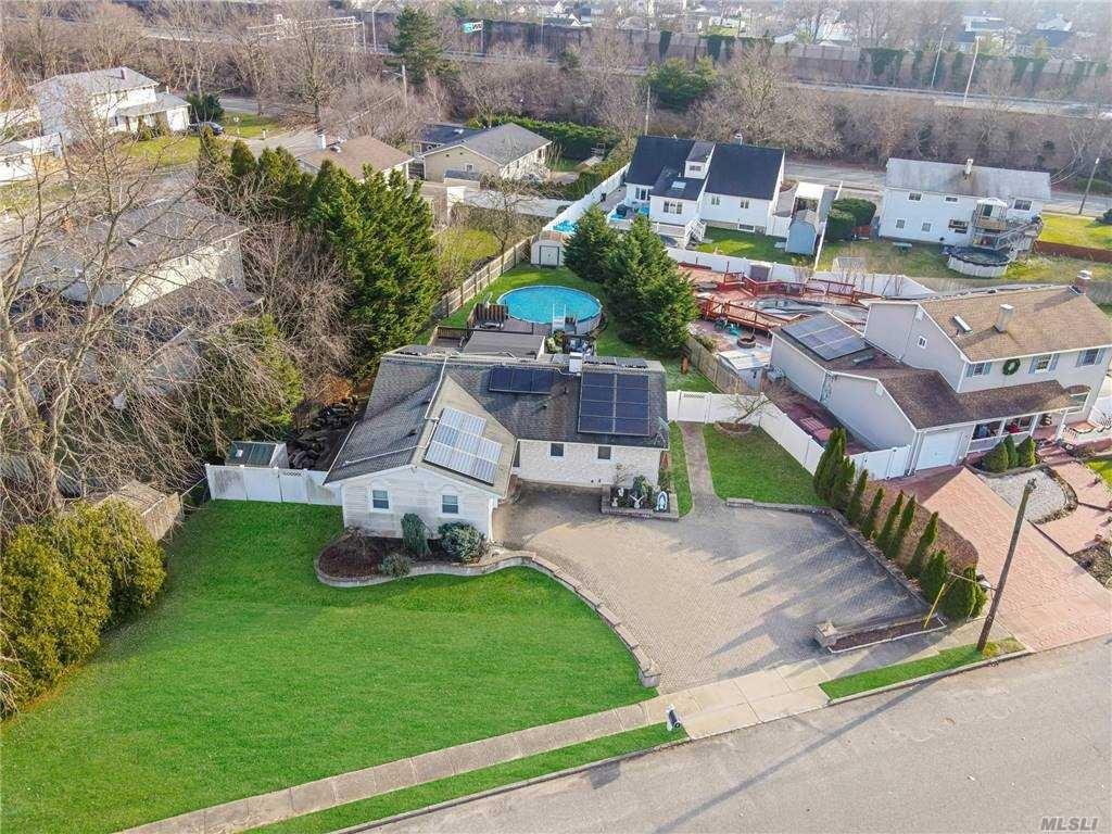 137 Lorraine Court, Ronkonkoma, NY 11779 - MLS#: 3275347