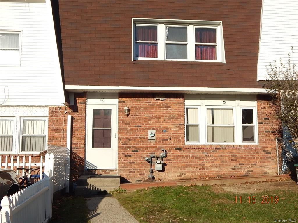 Photo of 26 Chaucer Court, Middletown, NY 10941 (MLS # H5120348)