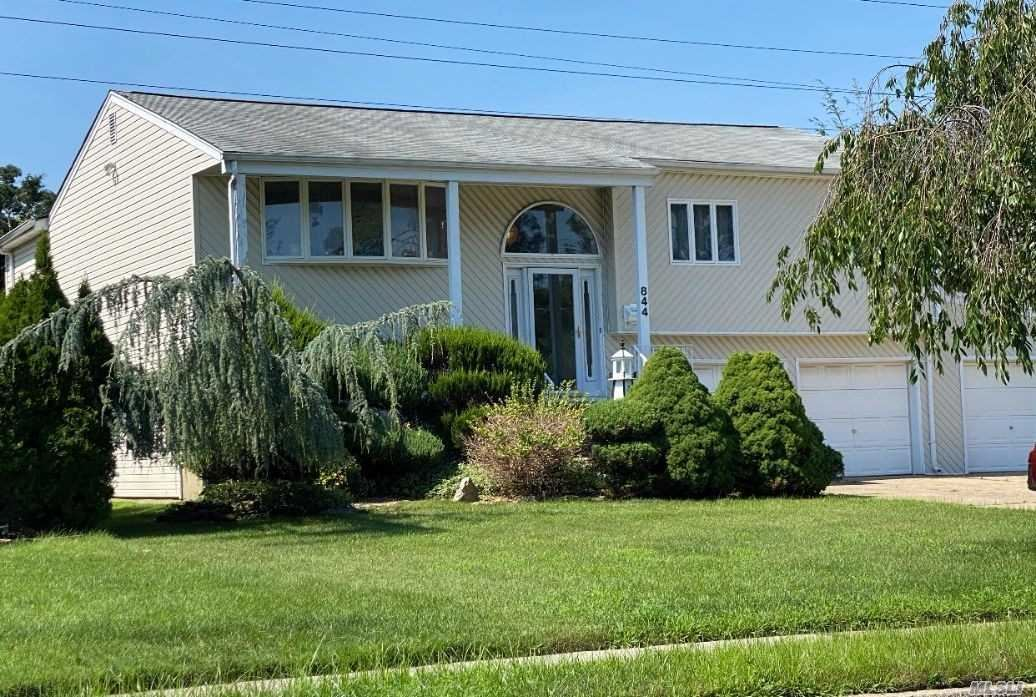844 Round Swamp Rd, Old Bethpage, NY 11804 - MLS#: 3236349