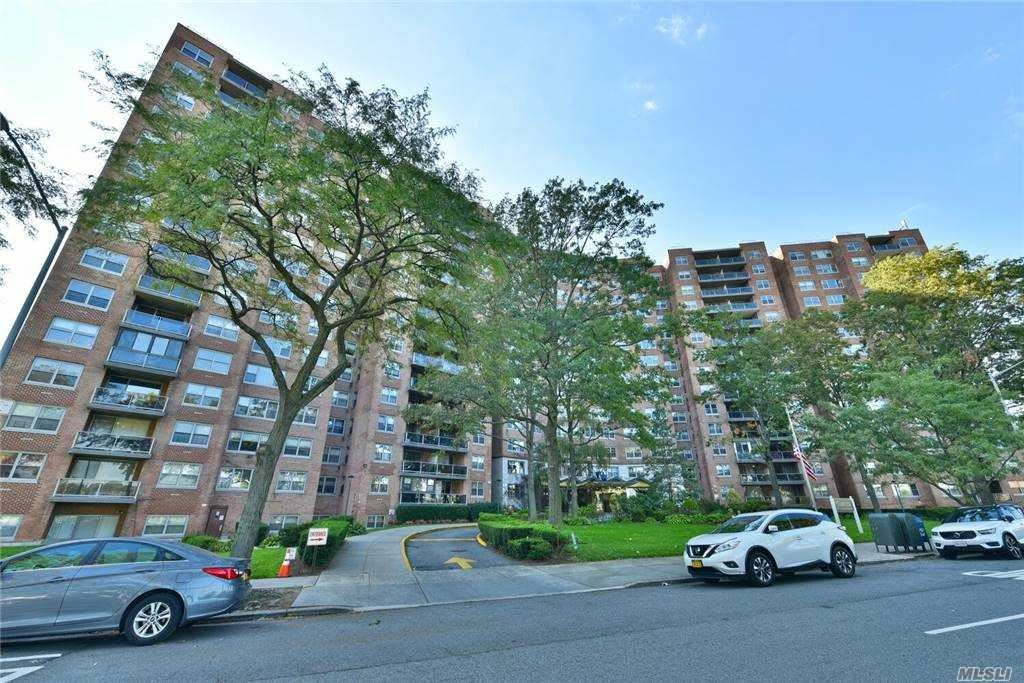 61-20 Grand Central Parkway #B101, Forest Hills, NY 11375 - MLS#: 3260352