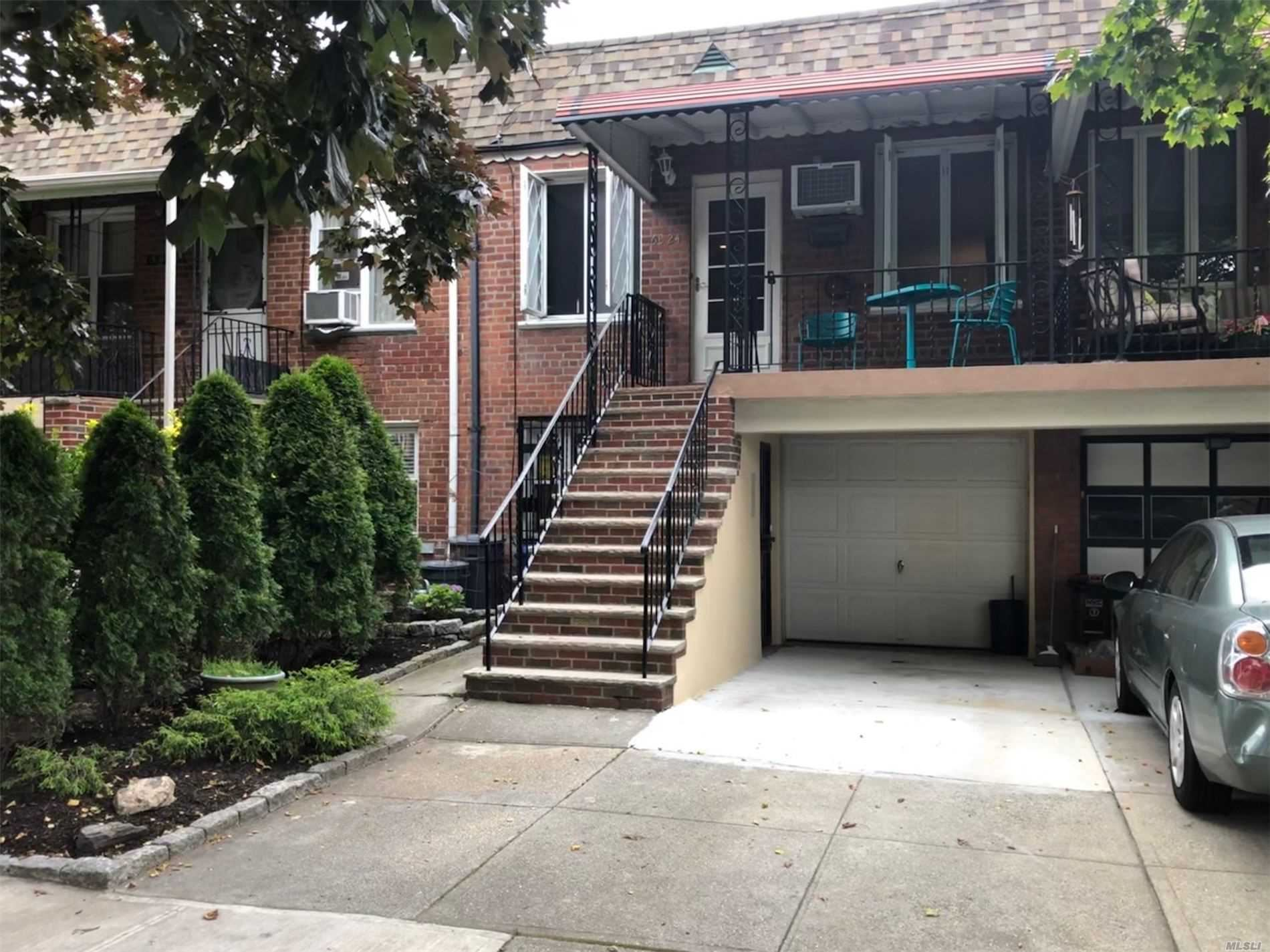 63-24 Pleasantview Street, Middle Village, NY 11379 - MLS#: 3228353