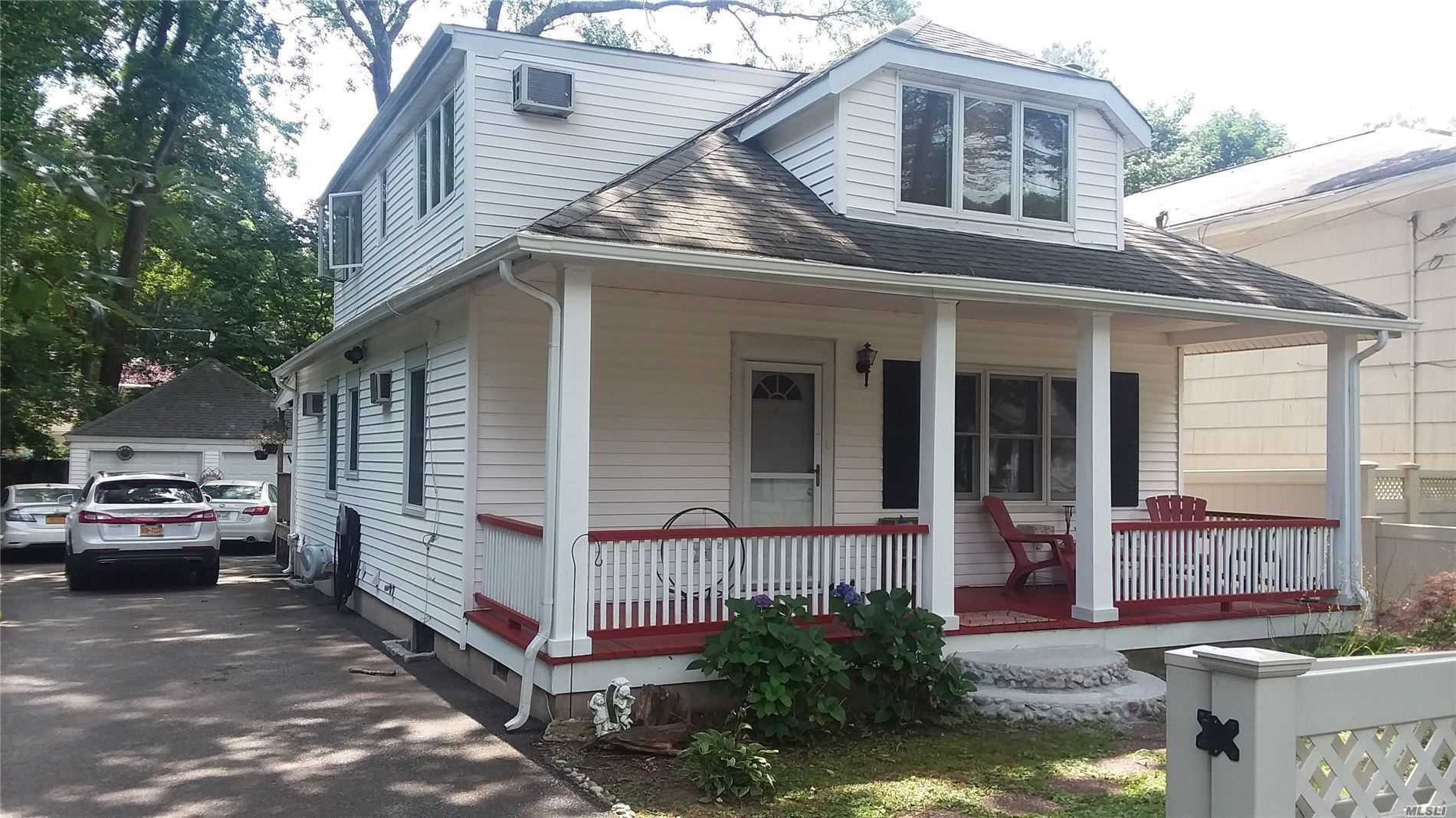 62 E 22nd St, Huntington Station, NY 11746 - MLS#: 3217355