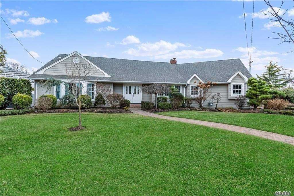 4 Suffolk Rd, Massapequa, NY 11758 - MLS#: 3283355