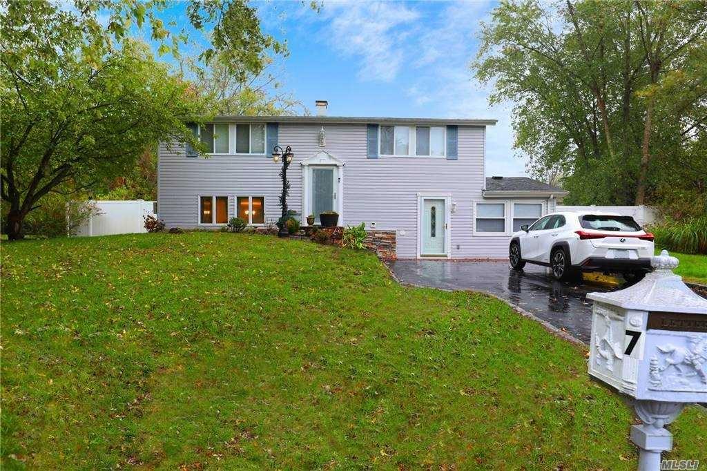 7 Ivy League Lane, Stony Brook, NY 11790 - MLS#: 3265356