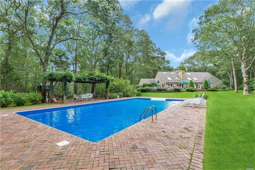 Photo of 28 Old Meetinghouse Rd, Quogue, NY 11959 (MLS # 3158358)