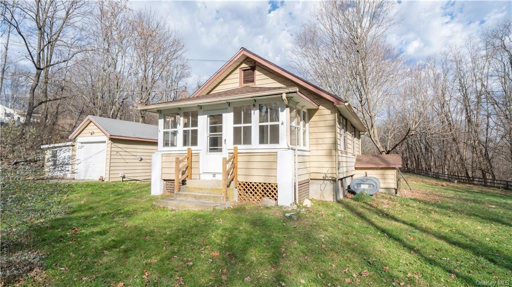 Photo of 46 Decker Lane, Circleville, NY 10919 (MLS # H6084358)