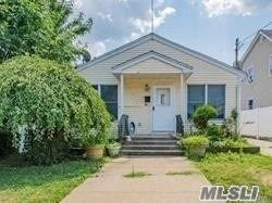 24 Wellington Street, Hempstead, NY 11550 - MLS#: 3221359