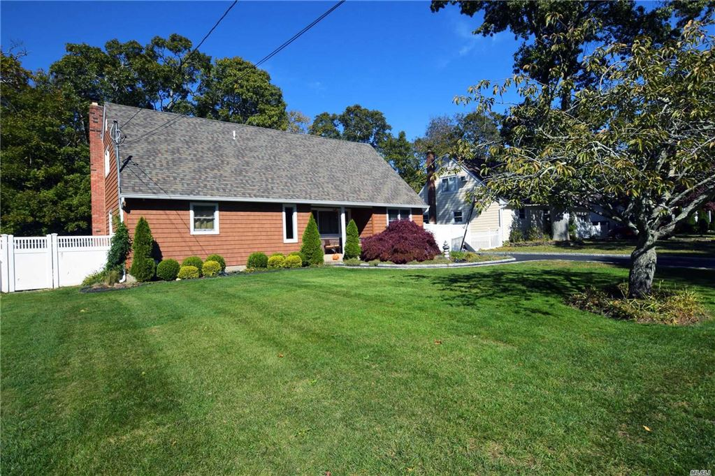 15 Carriage Lane, Center Moriches, NY 11934 - MLS#: 3174363