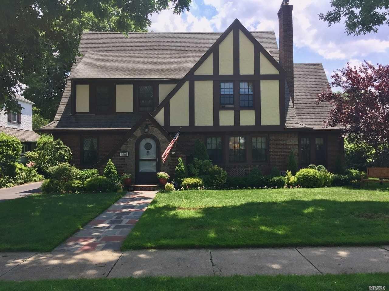 66 Pine Street, Garden City, NY 11530 - MLS#: 3226363