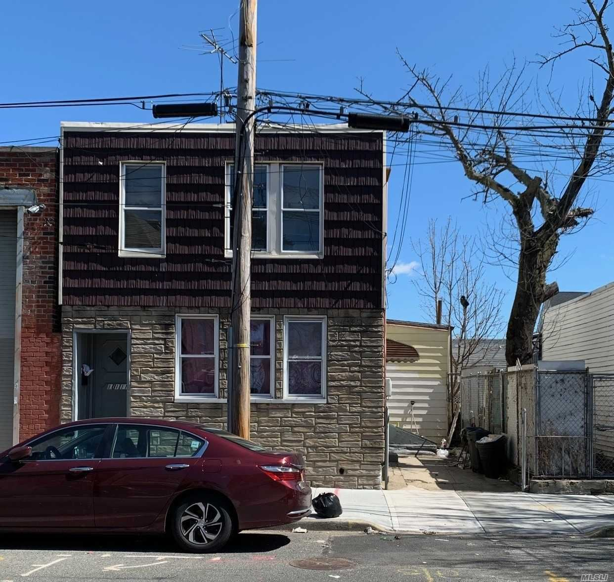 101-11 86th St, Ozone Park, NY 11416 - MLS#: 3210364