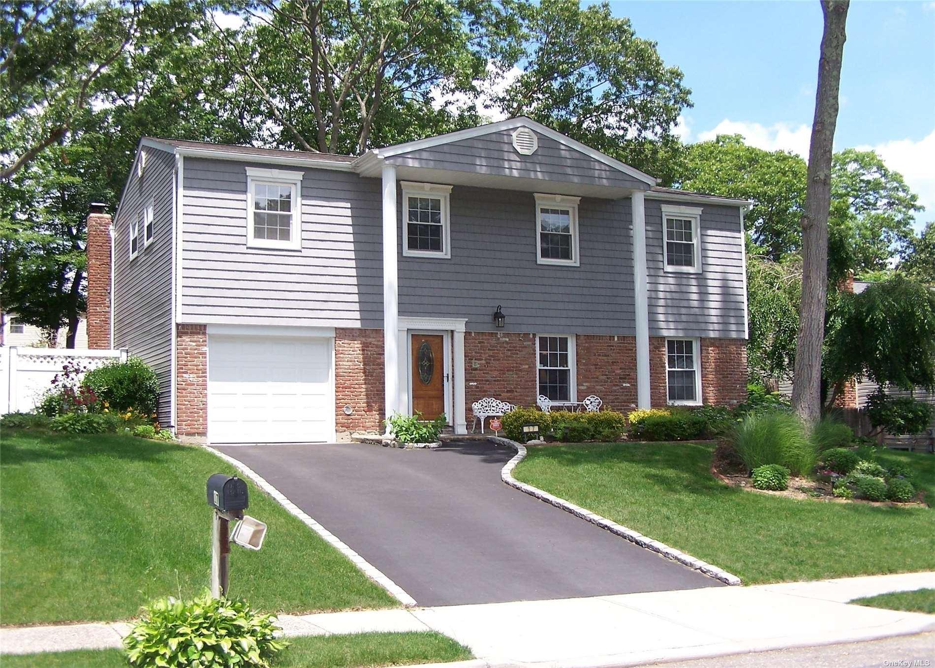 17 Linden Street, Selden, NY 11784 - MLS#: 3322364
