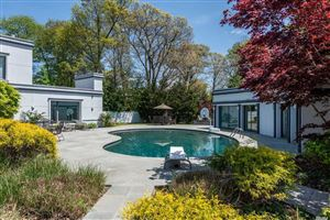 Photo of 2170 Bella Sonia Ct, Muttontown, NY 11791 (MLS # 3122366)