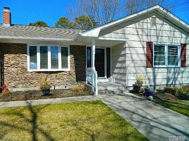 15 Lovell Road, Hampton Bays, NY 11946 - MLS#: 3204368
