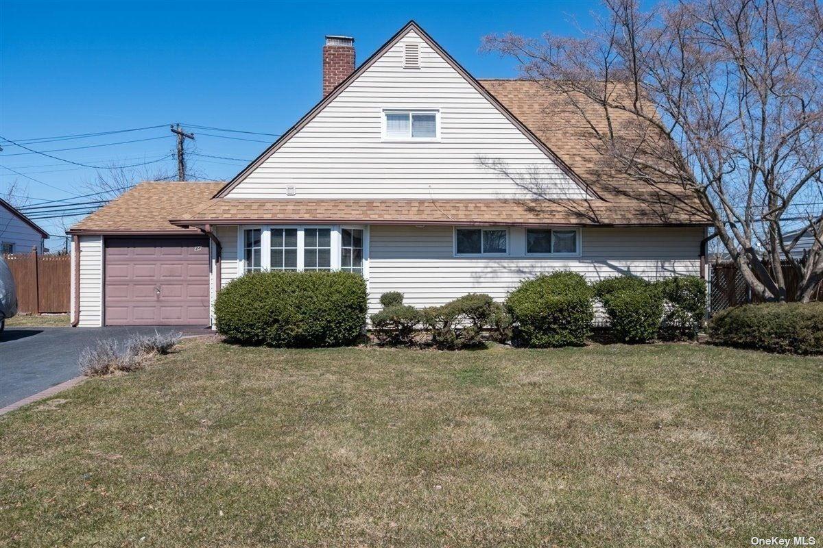 34 Lantern Road, Hicksville, NY 11801 - MLS#: 3295369