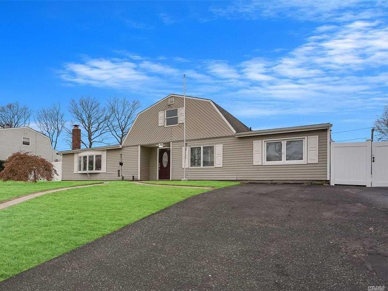 38 College Hills Drive, Farmingville, NY 11738 - MLS#: 3191370