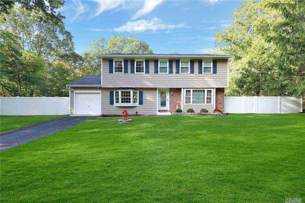 17 Bellaire Drive, Ridge, NY 11961 - MLS#: 3262371