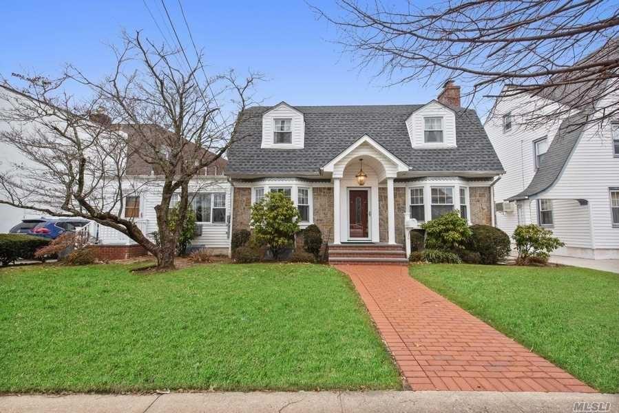 17 Blossom Heath Avenue, Lynbrook, NY 11563 - MLS#: 3193372